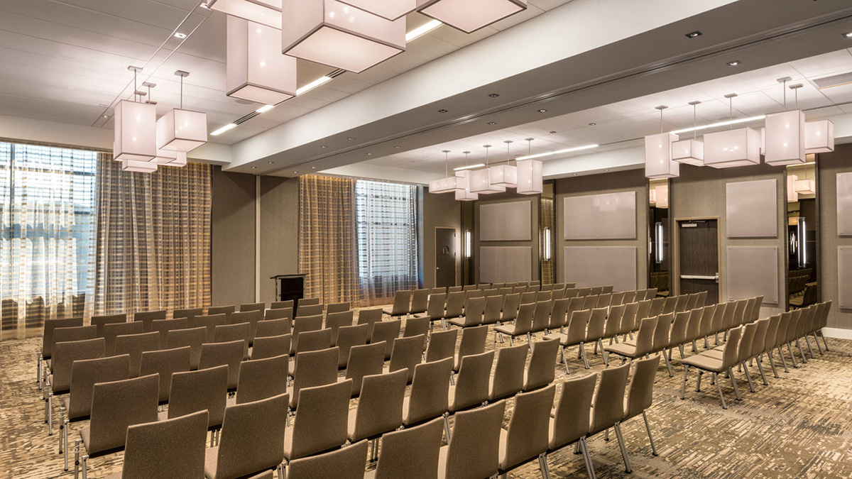 Large Conference Room Design and Decoration