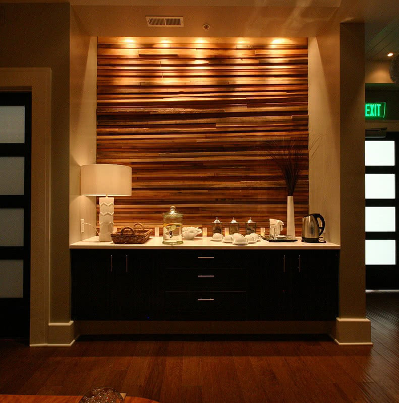 Spa Lobby Area - Integrated Natural Elements and Lighting
