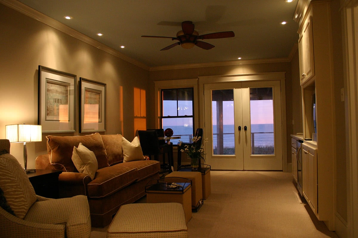 Dining Room Design - Cozy Dining Room Oceanfront View Lookout